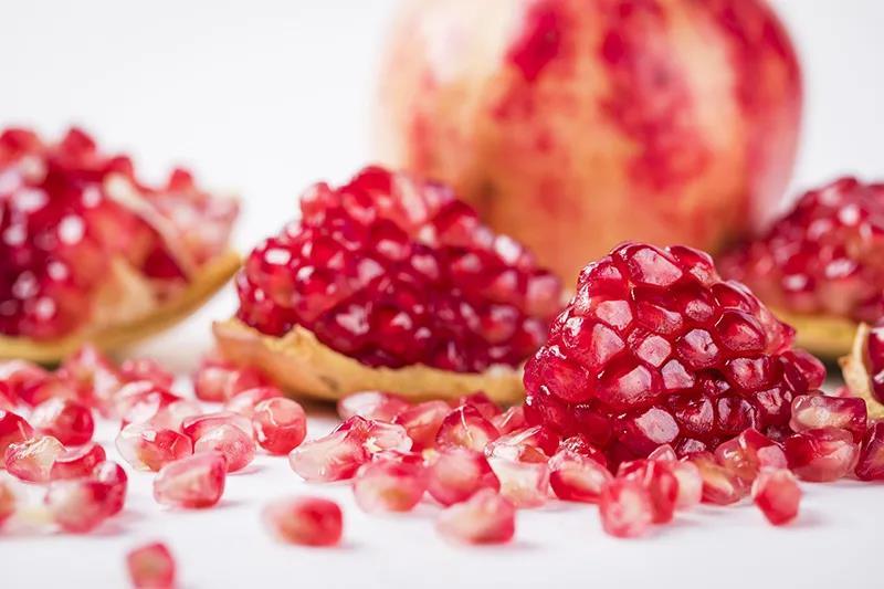 pomegranate juicer machine