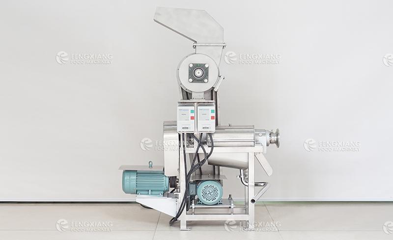 Fruit Crushing and Juicing Machine